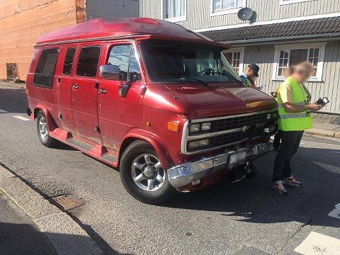 To personbiler er involvert i ulykken som har skjedd i krysset Pellygata/Oscar Pedersens vei.