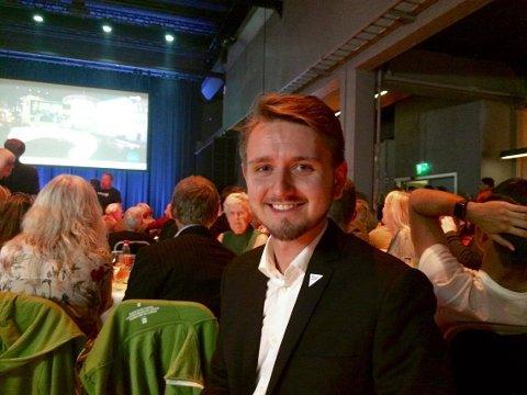 OPTIMIST: Freddy Øvstegård er optimist etter valgdagsmålingen og de første prognosene. - Men det blir utrolig spennende, sier han.