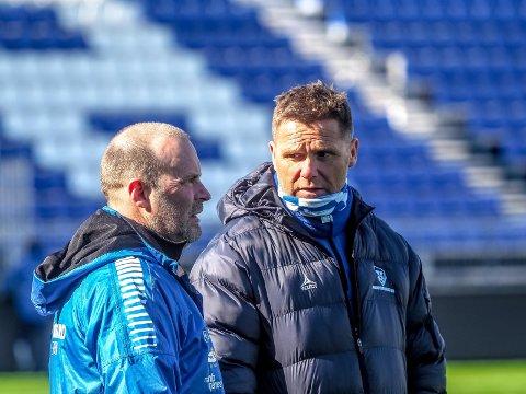 TRENER: Tom Freddy Aune var assistenttrener i FFK under kvalifiseringskampen mot Sarpsborg 08 den 6. november i 2009.