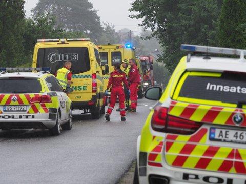 Alle nødetatene rykket mandag ettermiddag ut til Dondærn, hvor det ble gjort funn av en død person.