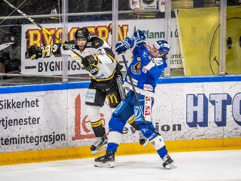 Spennende: Spartas unggutt Emil Martinsen Lilleberg (t.h.) er en tøffing i duellspillet og nå er han på listen over spillere som kan bli draftet til NHL.