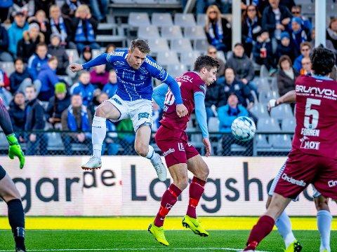 Sarpsborg 08s spiller Ole Jørgen Halvorsen i kampen mellom Sarpsborg 08 mot Molde. Foto: Thomas Andersen