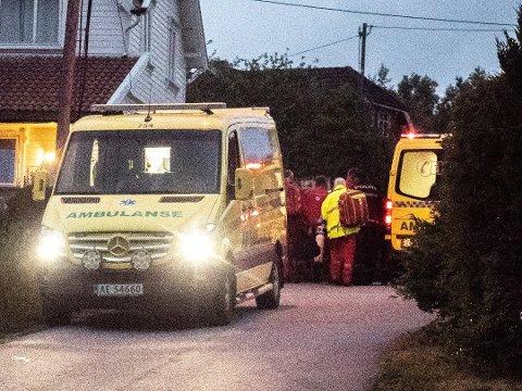 Den 69 år gamle kvinnen som fikk halsen kuttet på Nordberg 18. juni i fjor overlevde takket være at hun raskt fikk førstehjelp av en nabo og at hun raskt kom under medisinsk behandling. Nå er 51-åringen som er dømt for å ha forsøkt å drepe henne dømt til fengsel i seks år og seks måneder.