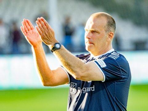 SA-PODDEN SPESIAL: Sarpsborg 08s trener skryter av måten lagets supportere fremstår på, i en sesong preget av motgang.