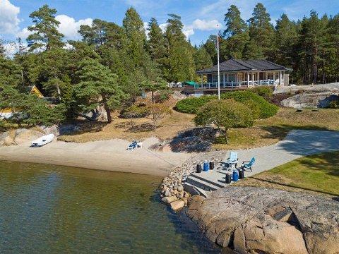 Hytta i Tangekilen er solgt for 10 millioner kroner.