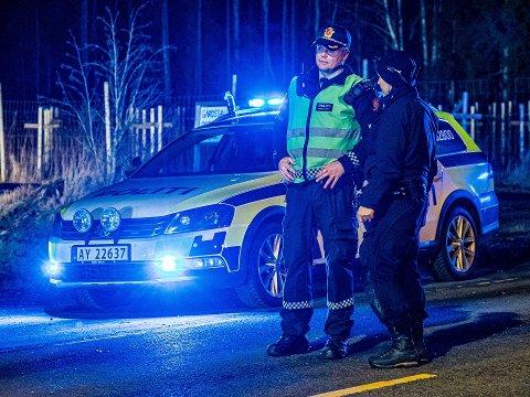 Innsatsleder for politiet, Sindre Dahlstrøm, berømmer melder for måten de reagerte på da de ble vitne til den voldsomme ulykken natt til onsdag.