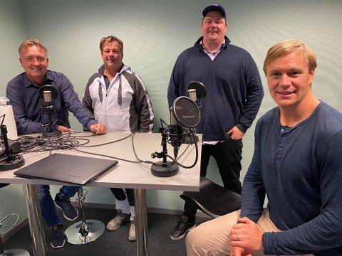SA-PODDEN: Petter Kalnes, Rino Løkkeberg, Patrick Walther Larsen og Henrik Malmström i sesongens første «Hockeypod».