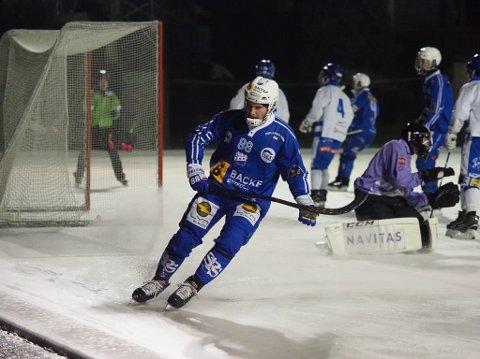 FEMMÅLSSCORER: Andrei Gerasimov scoret fem mål da bandyklubben tok sesongens to første poeng fredag kveld.
