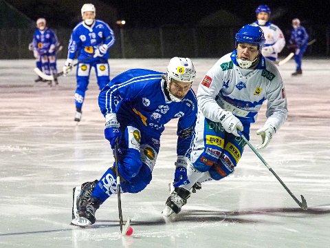 SERIESPILL: SBKs spillende leder Anders Olsson håper at resten av sesongen i bandy kan bli ferdigspilt.