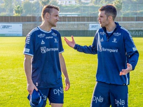 BER OM RO: Joachim Thomassen og Ole Jørgen Halvorsen liker ikke det bråket som har preget Sarpsborg 08 de siste ukene. Nå ber de om ro.