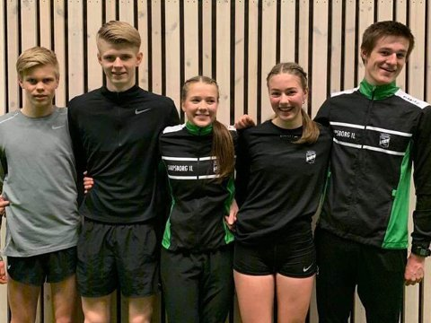 GODE: SIL leverte gode prestasjoner i UM i friidrett. Fra venstre: Benjamin Olsen, Sindre Fredriksen, Maiken Homlung Prøitz, Ingrid Elise Kullerud og Elias Røyneberg.