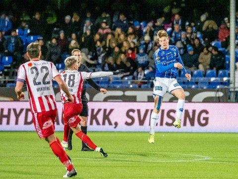 Gaute Vetti og de andre Sarpsborg 08-spillerne møter Vålerenga på hjemmebane i Sarpsborg i første seriekamp. Oppgjøret spilles tirsdag 16. juni.. (Foto: Thomas Andersen)