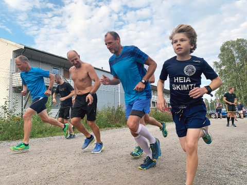 DELTAKERE: Det var over 50 deltagere i Torsdagsløpet også denne uken.