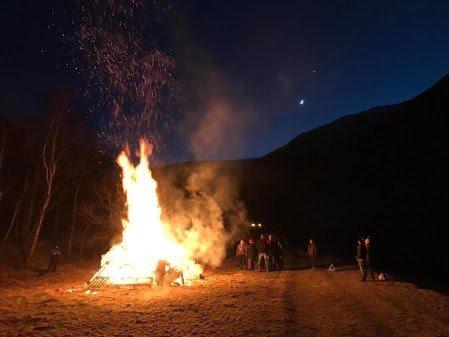 BÅL: Flere steder i landet, Sarpsborg inkludert, vil det tirsdags kveld brennes bål i protest mot regjeringens rovdyrpolitikk.
