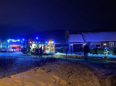 Onsdag morgen rykket Sarpsborg brannvesen  ut på brann i en enebolig i Neptunveien på Hafslundsøy.