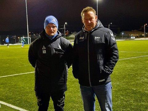 KRITISKE: Håvard Karlsen (t.h.) og Kenneth Reid i Tune IL er begge kritiske til at ungdom ikke får drive organisert idrett i Sarpsborg.