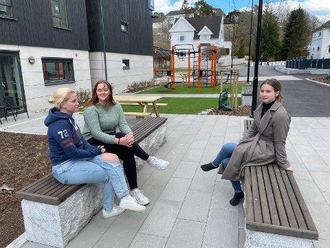Marte Bråteng (19), Anne Marthe Lindahl Ellefsen (20) og Sabrina Natalie Abrahamsen (22) mener at tilbudet til studenter burde vært mye bedre – ikke minst helsetilbudet. – Tallene viser jo at det er 30 prosent som egentlig trenger hjelp, sier Marte.