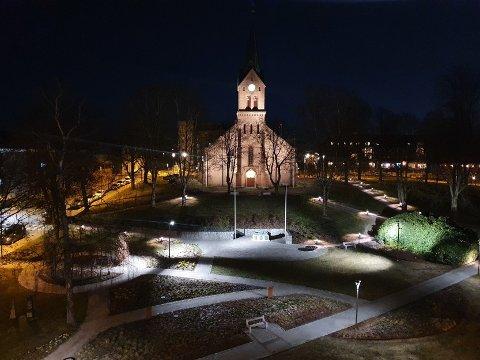 Kirkeparken med ny belysning.