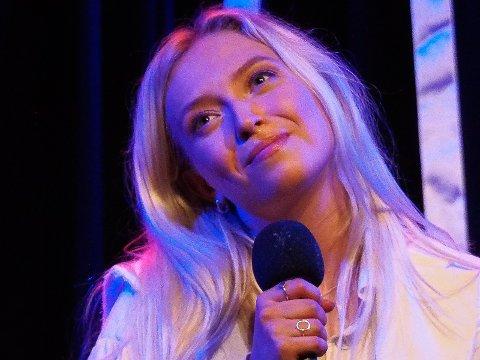 "Ingeborg Walther gav publikum på Gleng en sniklytt på sin nyeste låt ""Det jeg aldri sa""."