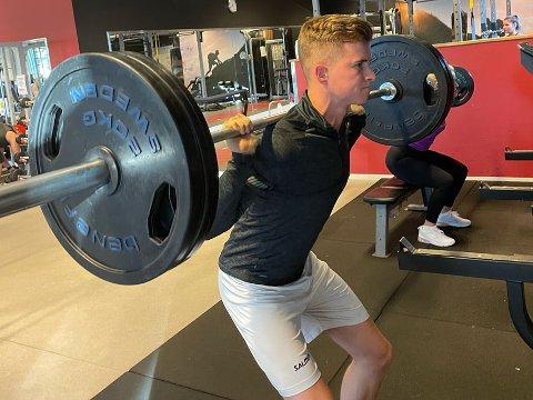 STERK: Backen Sivert Østerås fra Sarpsborg Sharks tok en overlegen seier da landets beste herrespillere gjennomførte åtte fysiske øvelser i Vikingen.