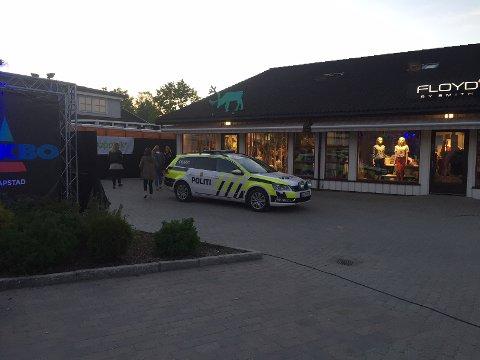 Politiet var innom Spydeberg Rock lørdag kveld. Det endte med at tre menn ble bortvist.