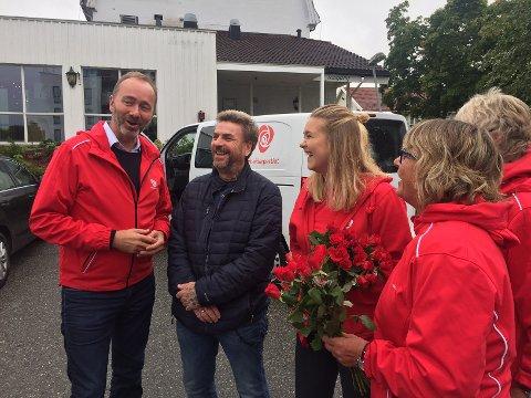 I Askim: Nestleder i Arbeiderpartiet, Trond Giske, møtte blant annet Benny Hanssen og Petra Brinch, fylkesleder i AUF fra Askim.
