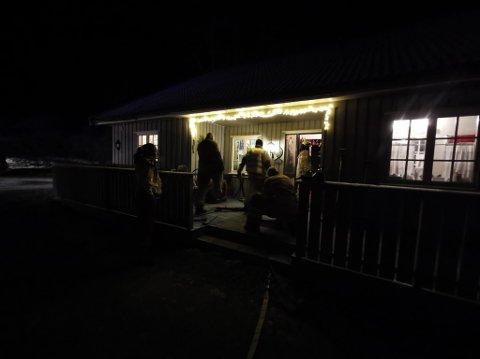 Brannmannskapene i Eidsberg fikk bistand fra avdelingen i Askim.