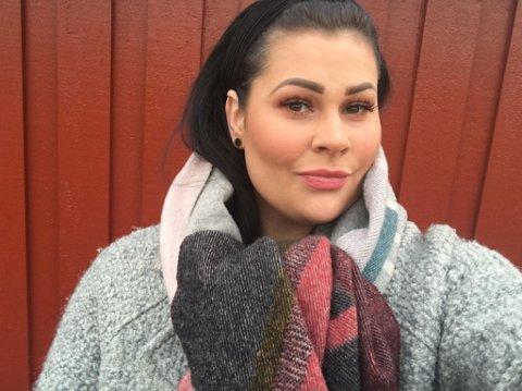 Carine Bjørnskau trodde ikke at det skulle være så vanskelig å få seg jobb da hun flyttet tilbake til hjemstedet.