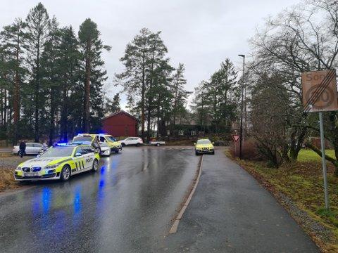 Kollisjonen skjedde like ved Esso-stasjonen i Skjønhaug.