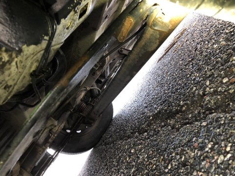 Fjæren på dette vogntoget var ødelagt. Sjåføren måtte kjøre til nærmeste verksted.
