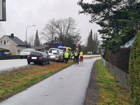 To biler var mandag involvert i et trafikkuhell.