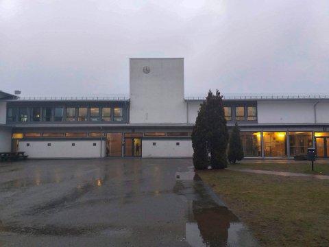 Ingen sommerskole-penger: Elevene på Kirkelund skole får ikke penger til sommerskole. Årsaken er at kommunen ikke har søkt.