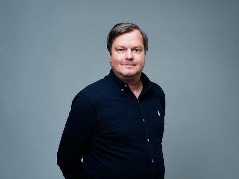 LEGGER SEG FLAT: Komiker Espen P.A. Lervaag.