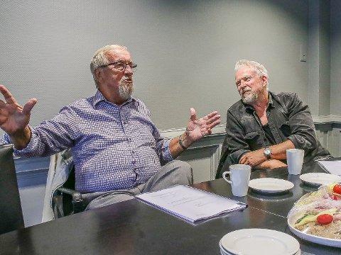 """Dennis Storhøi (til høyre) har sagt ja til å spille Yngve Hågensen i stykket """"Yngve- fra barnehjemmet til LO-toppen"""" i februar 2021."""