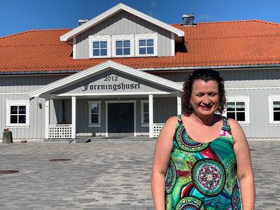 Klager: Marcela Teresa Bakken er leder for Slitu Vel. – Saken handler om Slitus framtid. Mange vil bo her så lenge de lever, sier hun.