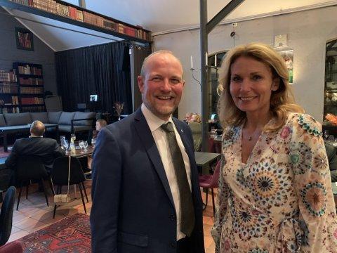 DOBLET: Da 91 prosent av stemmene var talt opp ved midtnatt var både Ole André Myhrvold og Kjerstin Wøien Funderud inne på Stortinget fra Østfold Senterparti.