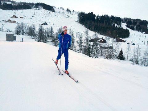 SPRINT ER SJANSEN: Erlend Henjesand (19) ser på sprint som sin beste sjanse til å hevda seg i årets langrennssesong. - Når noregscupen byrjar att er målet å kjempa i toppen, seier han. (Arkivfoto)