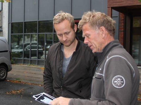 LAGT VEKK: Politiet har lagt vekk saka mot hotelleigar Johannes Einemo i Lærdal. - Burde ha vorte lagt vekk tidlegare, seier advokat Louis Anda (t.h.). (Arkivfoto)