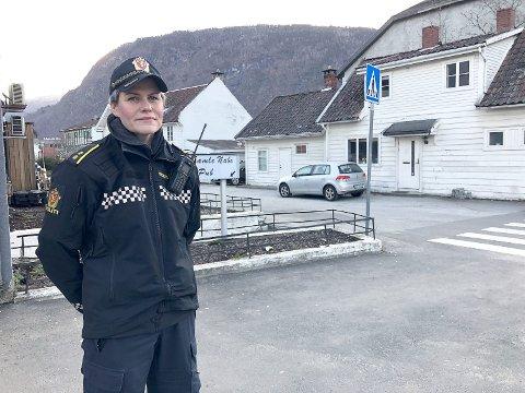 TIGGING: Jorunn Furuheim, politikontakt i Sogndal kommune fortel at fleire innbyggjarar opplev tigging som negativt.