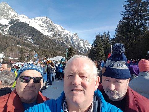 HEIAR: Peder Kjær, Olav Grov og Per Arne Tveit er på plass i dei italienske VM-skogar for å heia på dei norske skiskytarane.