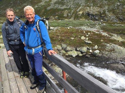 Erling Eggum og Petter Løvdahl i Slingsbystiftinga inviterer til fjellkveld i eldhuset. (Arkivfoto)