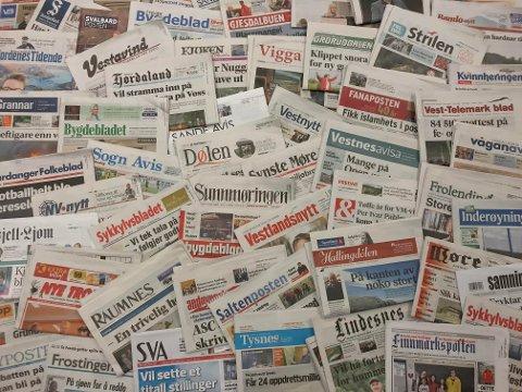 I HARDT VÊR: Mange lokalaviser rapporterer om svikt i annonseinntekter og permitteringar.