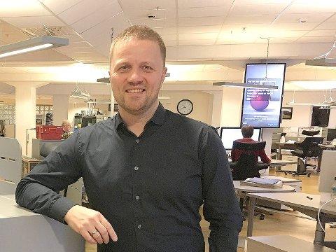 SKAL FINNA NY SJEF: Svein Atle Huus, styreleiar i Sogn Avis skal saman med resten av styret finna kombinert redaktør og dagleg leiar til Sogn Avis.