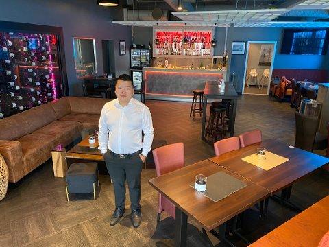 NYTT TILBOD: Xian Xu, dagleg leiar ved restauranthuset Malin, ser fram til å kunne gje gjestene eit nytt tilbod.