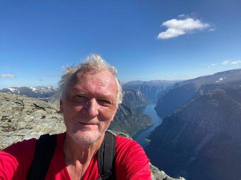 EIN FAVORITT: Bakkanosi med utsikt over Nærøyfjorden er blitt ein av Bjørn skovly sine nye favorittar.