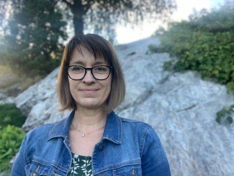 ELEKTRISK: Berit Hornes er nyvald leiar i nystifta elbilforeining i Sogn og Fjordane.
