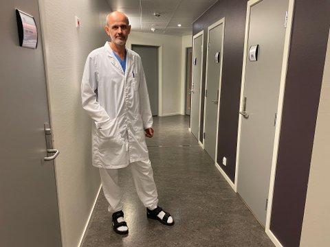 SMITTE: Smittevernoverlege Leiv Erik Husabø er kjend med eitt av smittetilfella som viste på VG sin koronastatestikk..
