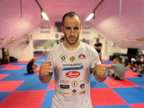 KLAR: Tiago har lagt bak seg den tunge tida, og er klar for å gå inn i ringen igjen: – Eg går for å vinna og avslutta kampen så fort som mogleg, seier han.