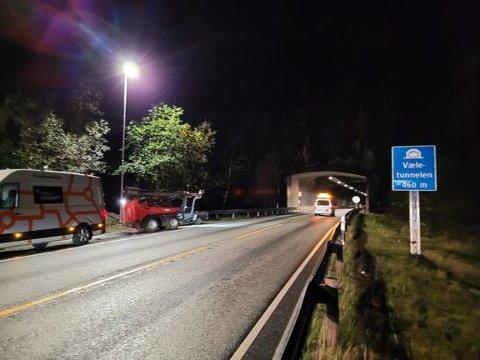 NATTESTENGING: Det vert mange nattestengde tunnelar på E16 mellom Voss og Bergen dei tre neste vekene.