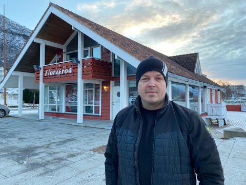 TEK SATS: Johannes Thue skal no løfta Fjordkroa inn i framtida.